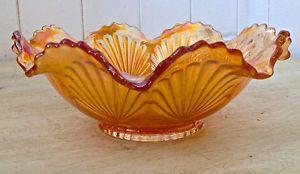 Antiquité. Collection. Magnifique plat en verre Carnaval
