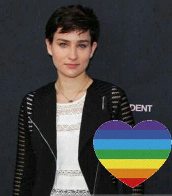 Bex taylor klaus gay