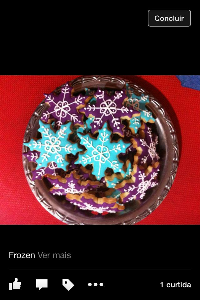 Frozen biscoitos decorados by Vovi's Biscoiteria 51 35882457 www.facebook.com.br/vovisbiscoiteria