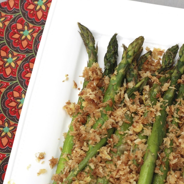 Roasted Asparagus with Lemony Breadcrumbs (Vegetarian, Vegan)