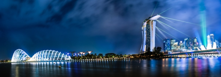 Marina bay sands & the garden by the bay