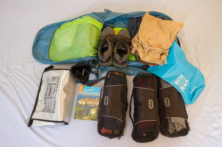 Pack light and you won't regret it later! via @indietravlr http://www.indietraveller.co/how-to-pack-light/ #traveltuesday #tuesdaytips