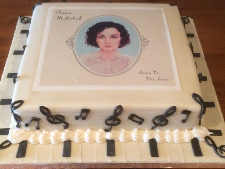 This was a birthday cake for a very talented Cork musician Anna Mitchell. Her mother asked me to make the cake and the image on the cake was the cover of her debut single which I ordered from Edible Images.