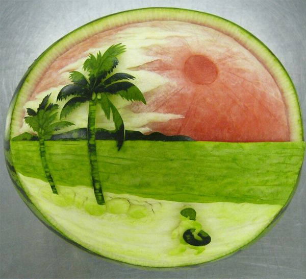 50 Outstanding Fruit Carvings