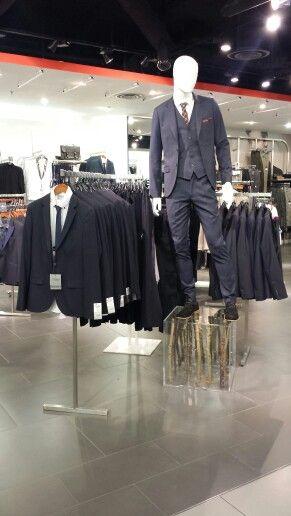 // visual merchandising // topman // oxford circus // suits