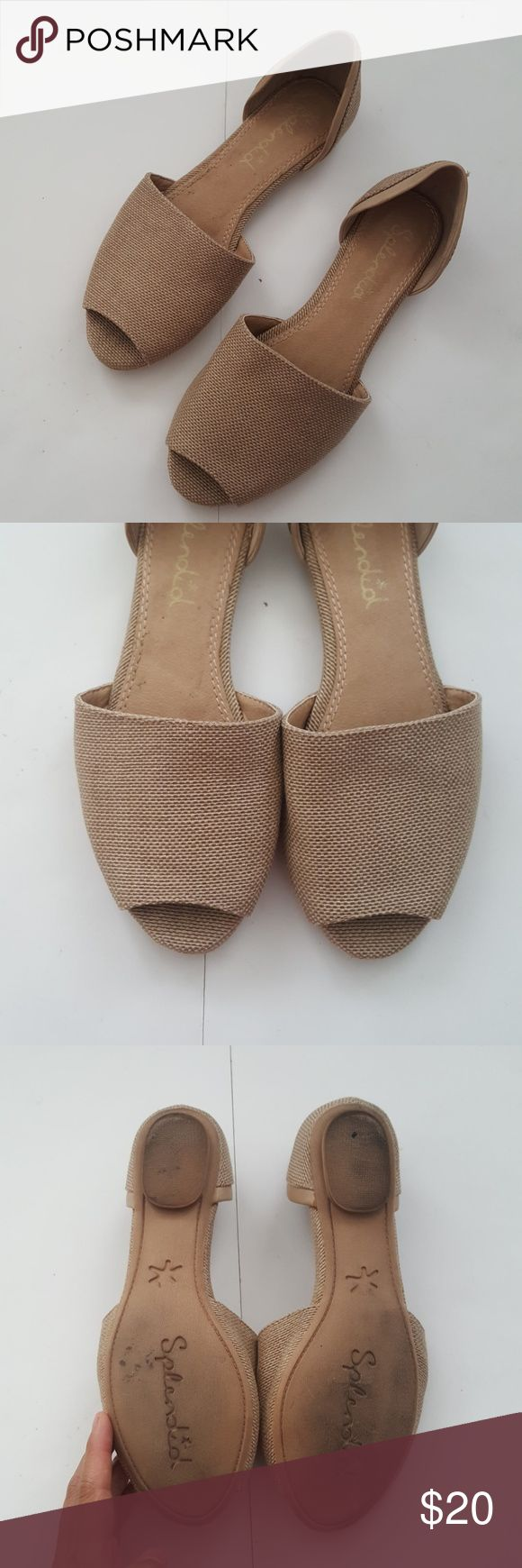 Splendid Tan Rattan Flats Some light signs of wear. Mainly on back heel. These are not ideal for wide feet and run small. I wear a size 7 pretty much in all brands and I feel these particular shoes would work best for a 6 1/2. Please refer to 7th image for more info. Splendid Shoes Flats & Loafers