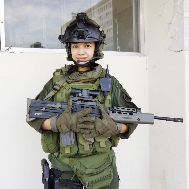airsoft girl, girls army, sniper woman, milsim operator, gun & girl, semarang skirmish team, L85A1, SA-80, airsoft international, cosplay girl, matahari simpang lima semarang, icha swan, combat gears