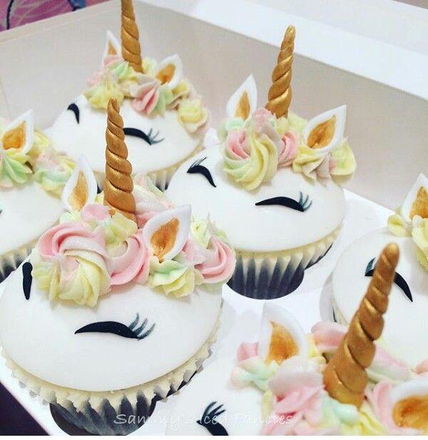 Best 25 Unicorn Cupcakes Ideas On Pinterest