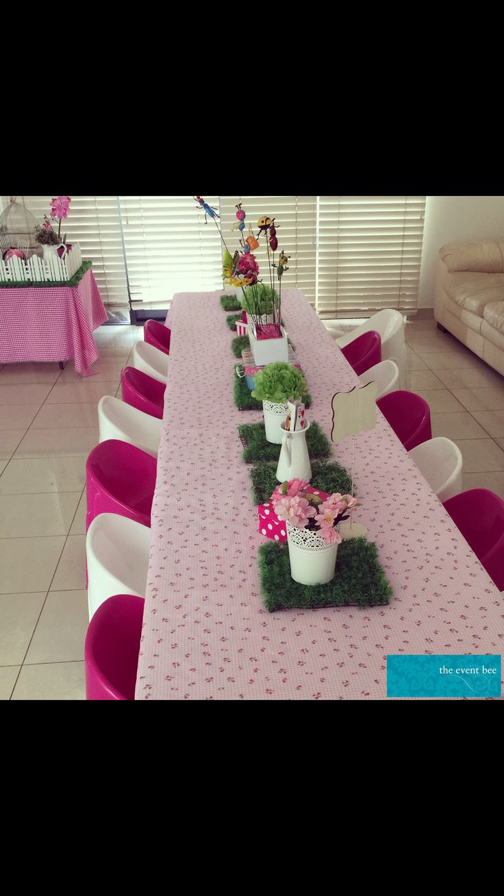 Mad Hatter Kids party kids table