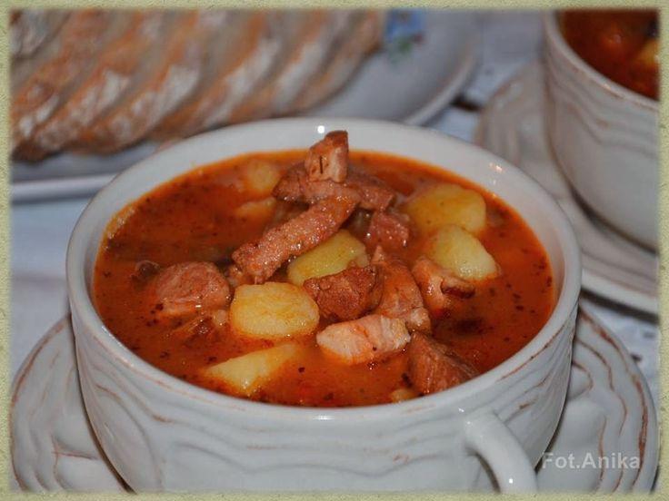 Domowa kuchnia Aniki: Dania jednogarnkowe