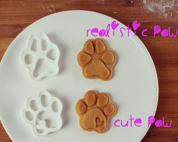 paw prints cookie cutters biscuit cutter paws print by Bakerlogy