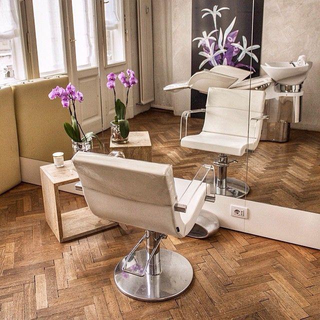 La saletta risevata della #GoranVilerHairSpa: il momento giusto per rilassarti è adesso! #relax #GoranViler #HairSpa #Beauty #Trieste