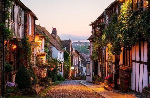 Улица в деревне Рай, Восточный Сассекс, Англия