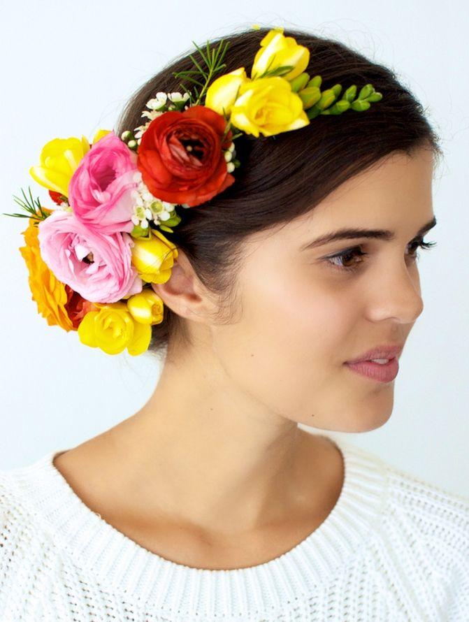 20 DIY Bridal Fresh Flower Crowns | HappyWedd.com