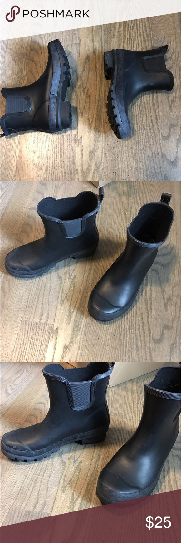 Black rubber rain boots Durable and comfortable rain boots. Could also be perfect for the snow. I have never worn these outside. From top to bottom they are 7 inches. polar Shoes Winter & Rain Boots