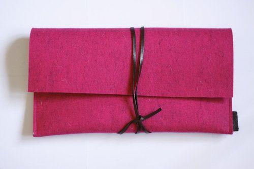 Psaníčko z přírodní plsti s kůží, růžové