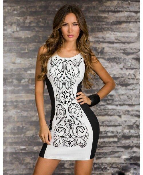 Стильное женское облегающее платье без рукавов в черно-белом цвете с цветочным принтом.
