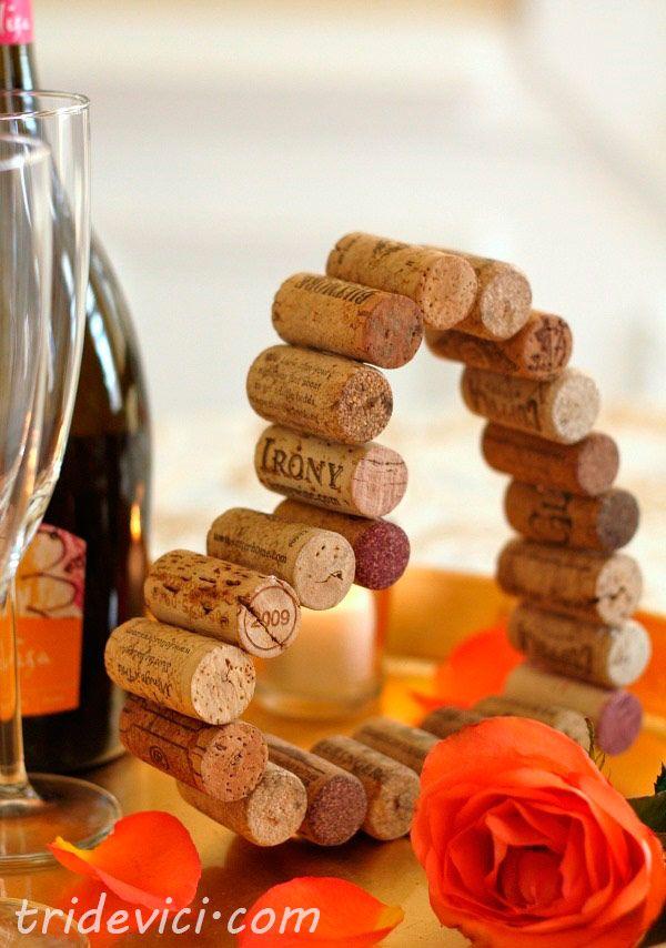 Herz aus Weinkorken basteln - DekoKing