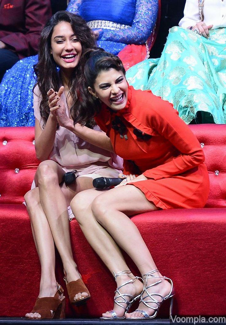 Housefull 3 heroines Jacqueline Fernandez and Lisa Haydon share a light moment on the sets of Sa Re Ga Ma Pa. via Voompla.com