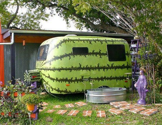 Watermelon Trailer & Mailbox