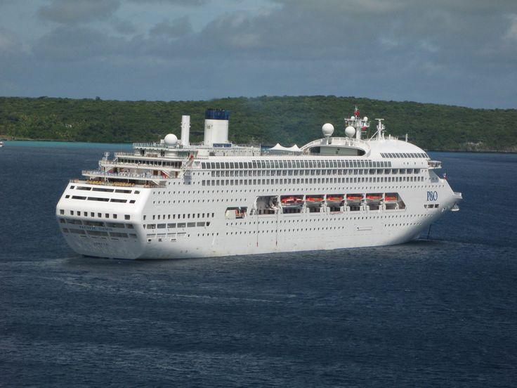 P&O's Pacific Dawn cruise ship off Lifou