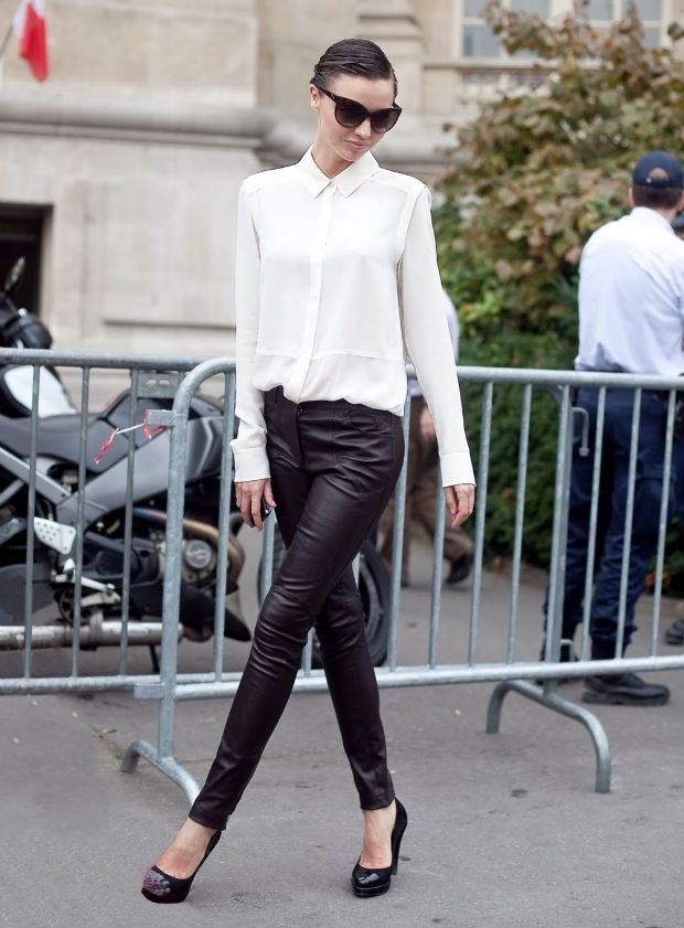 What Pants To Wear With A Black Sheer Blouse 6