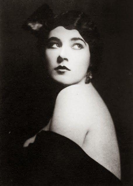 NITA NALDI (1897-1961) Una de las estrellas del cine mudo