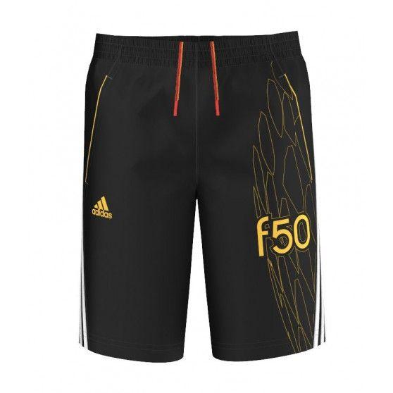 Het @adidas F50 #trainingsshort junior is een sportief voetbalbroekje. Het trainingsshort heeft twee handige zakken en een elastische tailleband met trekkoord. #dws