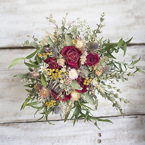 Dry flowers bouquet, red roses KvetinovyObchodik / Svadobná kytica Vášnivá