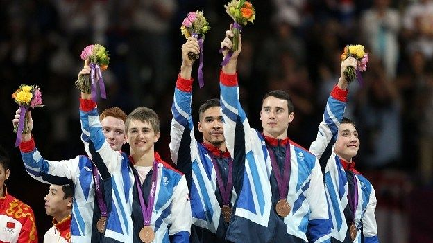 Kristian Thomas, Louis Smith, Dan Purvis and the rest of Team GB mens Gymnastics Broze winners London 2012 ... <3