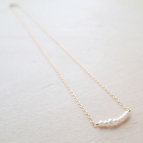 K14gf 超小粒淡水パールの華奢ネックレス