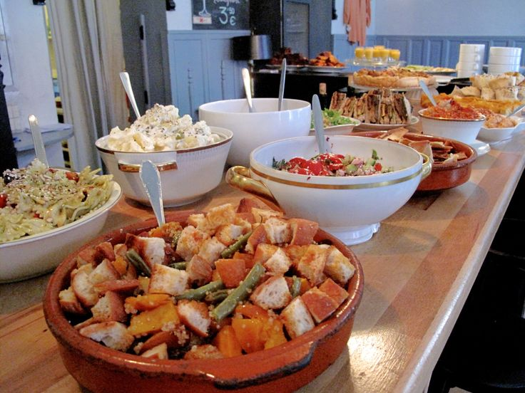 Discover the best buffets for vegan brunch Berlin with this definitive guide.