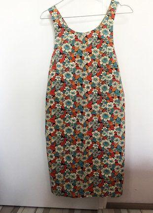 Kup mój przedmiot na #vintedpl http://www.vinted.pl/damska-odziez/krotkie-sukienki/17637815-kwiecista-sukienka-zara