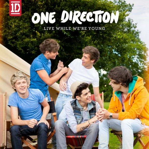 Video One Direction - Live While We're Young | MusicLife