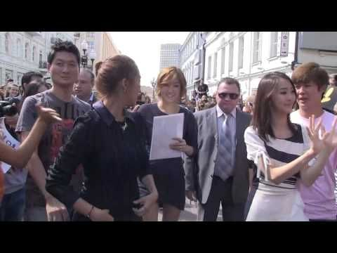 Video review Sistar in Moscow Flash-mob on Arbat