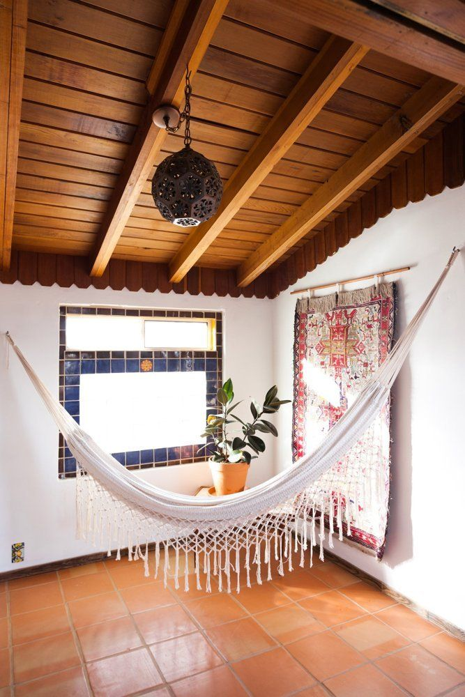 98 best images about hammock haven on pinterest beach for Hammock for apartment balcony