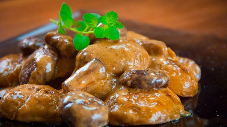 Мини-Картофель со Сливочным Грибным Соусом