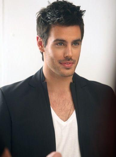 Kostas Martakis: Nice smile,gorgeouse face!!