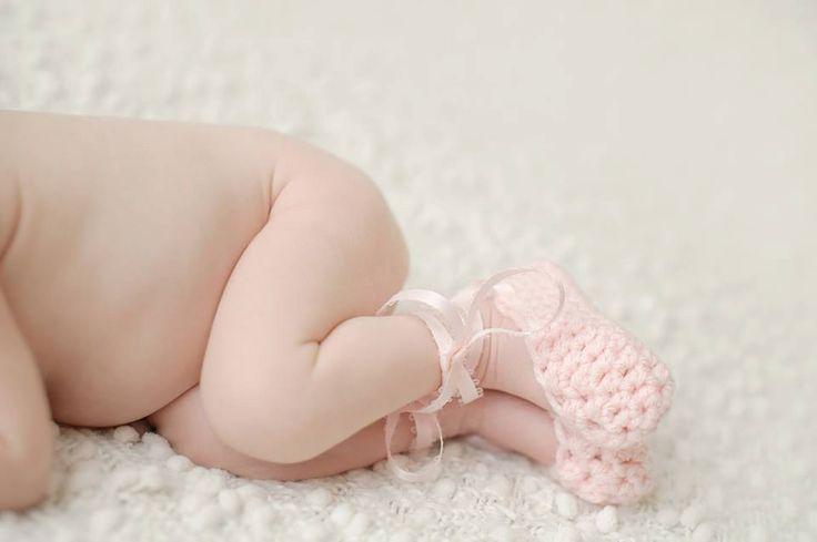 Crochet Newborn Ballet Slippers - Newborn Ballerina - Baby Girl Shoes - Newborn Photo Prop - Baby Booties - Baby Ballet Shoes, Newborn shoes