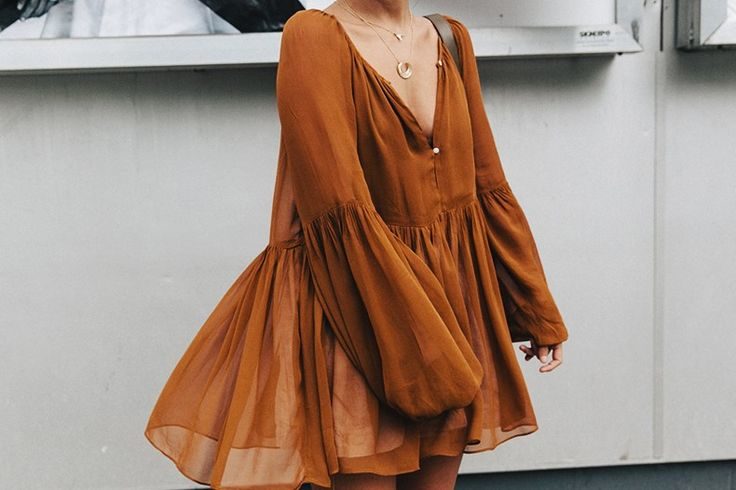 Blouse_Mustard-Isabel_marant_Sandals-Topknot-Outfit-Street_Style-12