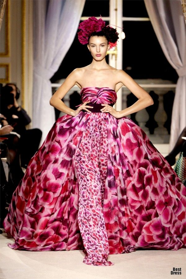 51 best Giambattista Valli images on Pinterest | Fashion drawings ...