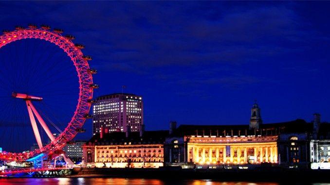 Cukup jarang untuk sebuah struktur bangunan modern yang cepat menyatakan dirinya sebagai salah satu Landmark paling menonjol negara. Tapi semua itu dilakukan oleh London Eye. Dibangun kurang dari 20 tahun yang lalu untuk pergantian milenium baru, itu adalah kejutan yang telah dengan cepat menjadi salah satu Landmark paling ternama di seluruh Inggris. Namun apakah kalian sudah mengetahui fakta London Eye yang lain?