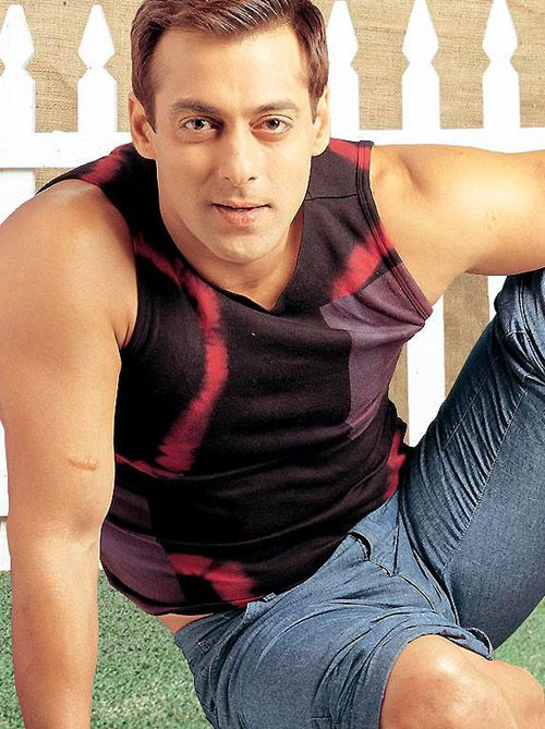 Bollywood Gossips: Bollywood Superstar Salman Khan Says He Know How To Handle Success