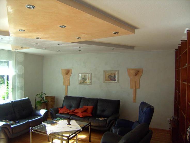 Kreative innenraumgestaltung mit abgesetzten deckenst cken for Innenraumgestaltung wohnzimmer