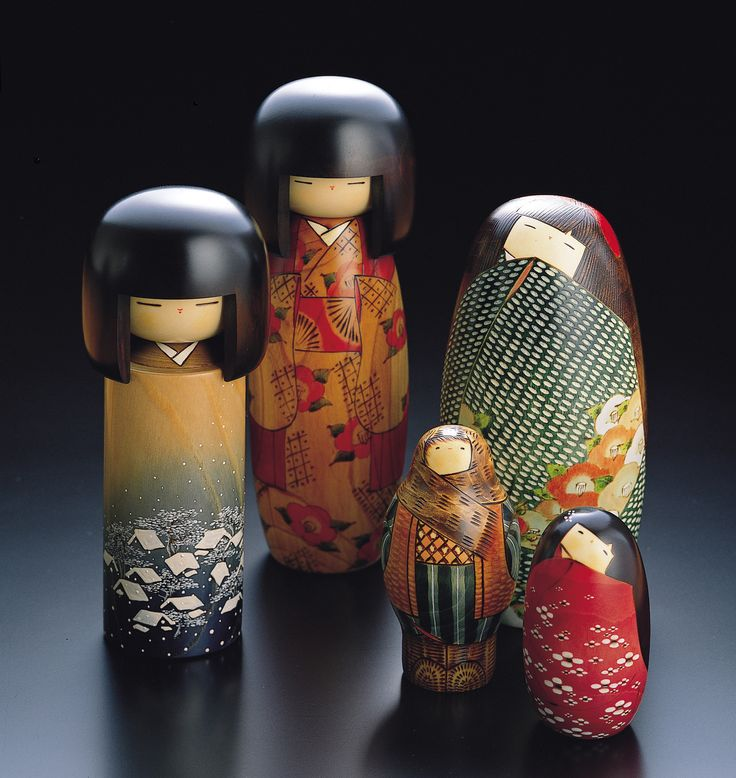 Japanese folk art dolls - Kokeshi Dolls were originally crafted by farmers in northern Japan as toys for their children but are now recognised as traditional Japanese folk art.  http://www.google.com/imgres?imgurl=http://www.crossstitchermagazine.co.uk/resources/crossstitch/Kokeshi%2520lifestyle.jpg=http://tattooone.kilu.info/keyword/japanese%2520surnames%2520artwork=__-PGBCPtclCT50_v3y0-OhYra_AQ==2504=23