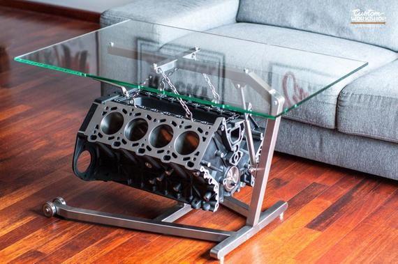 Un Tout Nouveau Concept De La Table V8 Le Bloc Moteur Bmw Grue En Acier Inoxydable Et Les Details Mant Garage Furniture Car Part Furniture Custom Furniture
