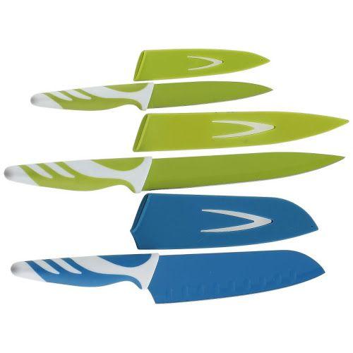 Non Stick Knife Set terdiri dari 3 pisau yang bebeda untuk keperluan dapur anda. Pisau ini sangat tajam, sehingga harus hati-hati ketika menggunakanya. Pisau ini cocok untuk mengiris sayur dan buah karena di lengkapi dengan Non stick coating sehingga buag tetap terlihat segar setelah di iris. Tidak seperti pisau pada umumnya yang meninggalkan warna coklat setelahnya. Bagi Ibu-Ibu yang suka memasak, pisau ini sangat cocok untuk melengkapi Kitchen Tools di rumah.