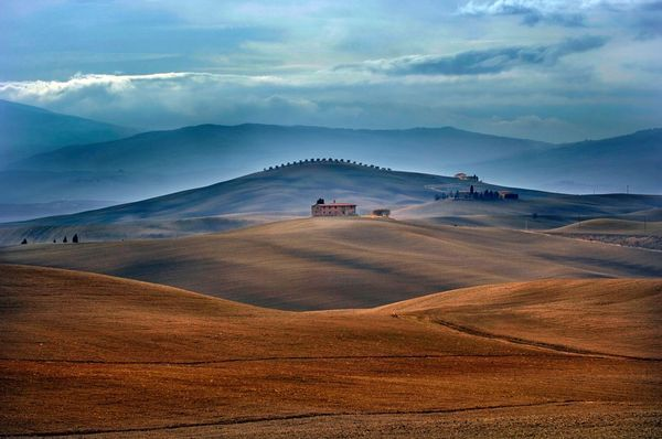 You don't have to venture far from Florence to encounter the stunning Tuscan landscape.
