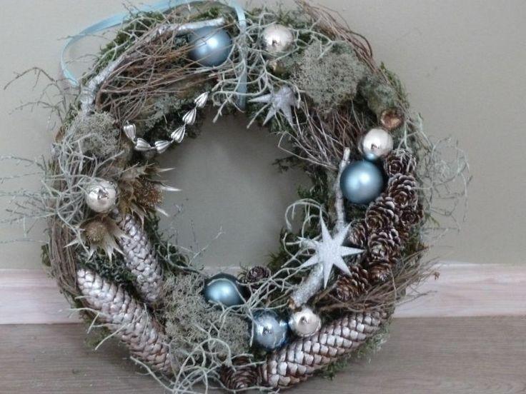 Weihnachtskranz  eisig blau von Perla`s Polarstation auf DaWanda.com