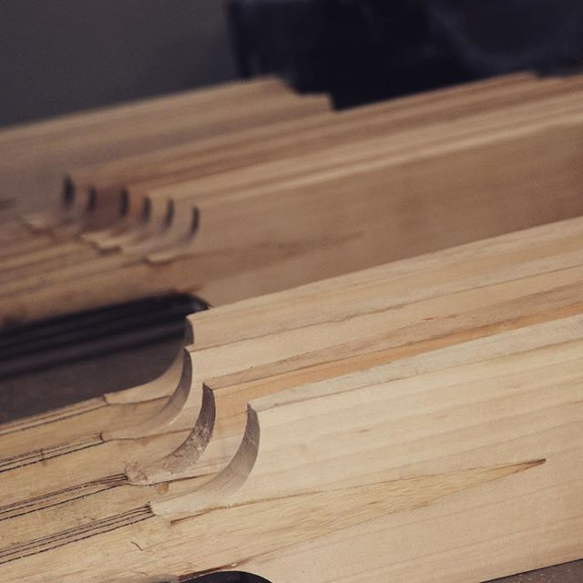 Grading some new handled clefts today in the #new #fantailcricket #workshop